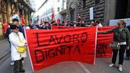 Lavoro: Firenze, 500 metalmeccanici Fiom-Fim-Uilm in piazza
