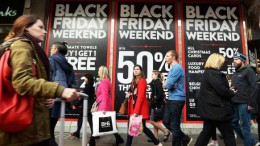 Black Friday shopping in London