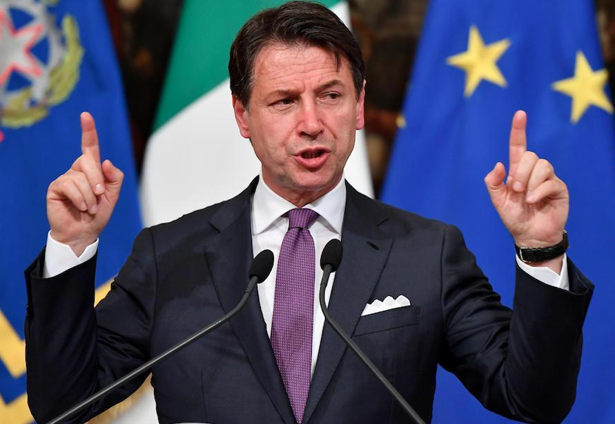 Questa immagine ha l'attributo alt vuoto; il nome del file è Giuseppe-Conte-presidente-del-consiglio-discorso-891x615.jpg