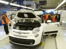 fabbrica automobili