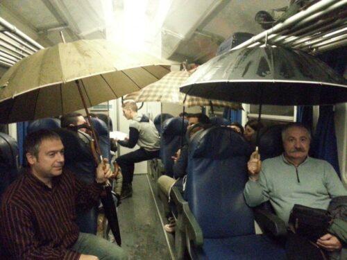 piove in treno