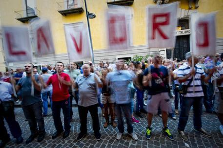 Lavoro:Napoli;precari Bros in piazza, <a href=