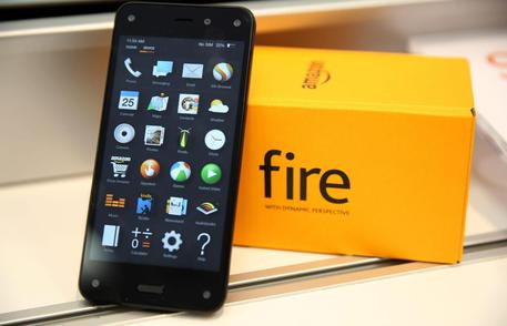 Amazon Fire Phone goes on sale in US
