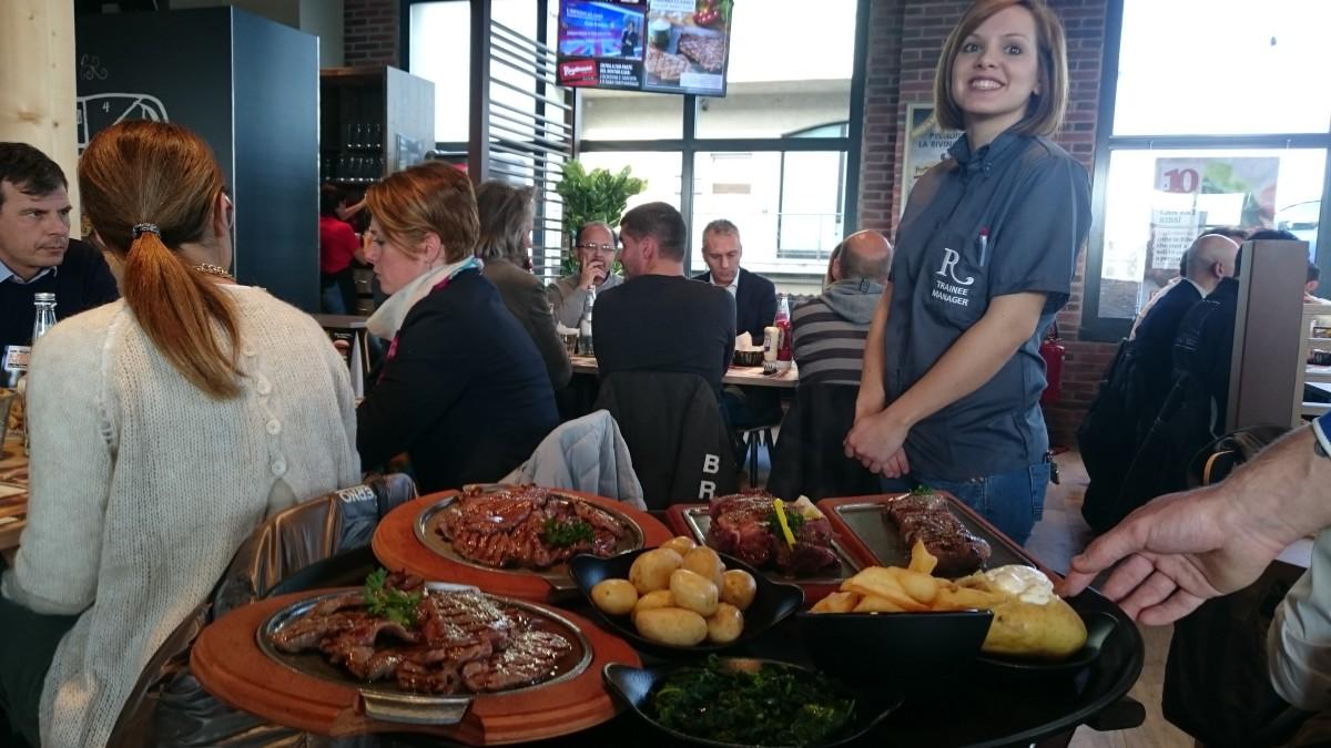 Roadhouse restaurant apre il 4 locale ad ancona marche la mescolanza - Ristorante il giardino ancona ...