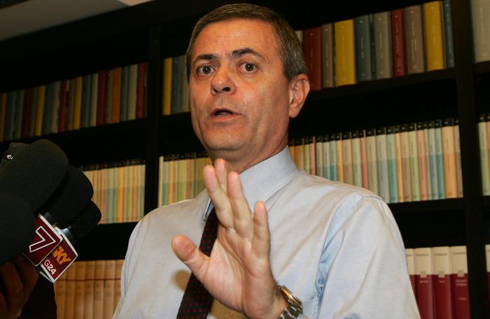 Editoria: Ezio Mauro lascera' Repubblica il 14 gennaio