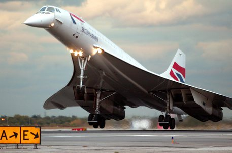THE LAST BRITISH AIR CONCORD FLIGHT LANDS IN NEW YORK
