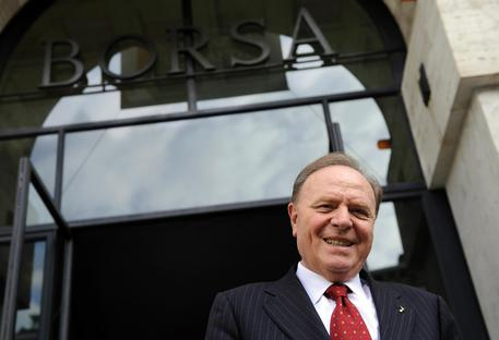 Il presidente di Banca Mediolanum, Ennio Doris in una foto di archivio ANSA/DANIEL DAL ZENNARO