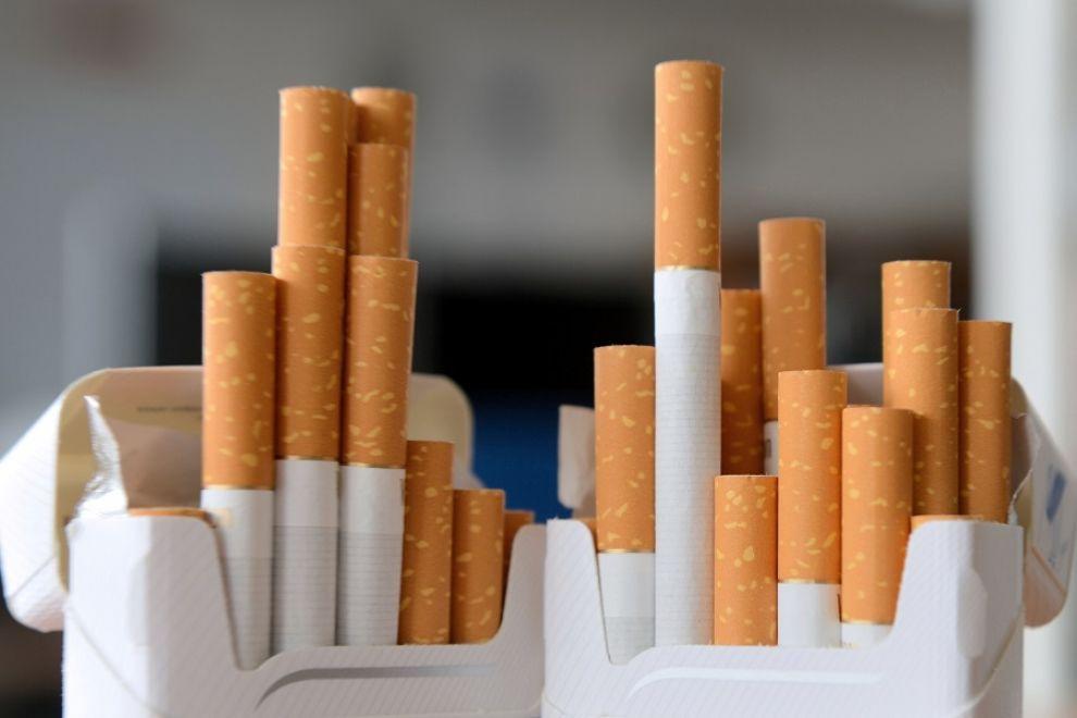 Questa immagine ha l'attributo alt vuoto; il nome del file è sigarette.jpg