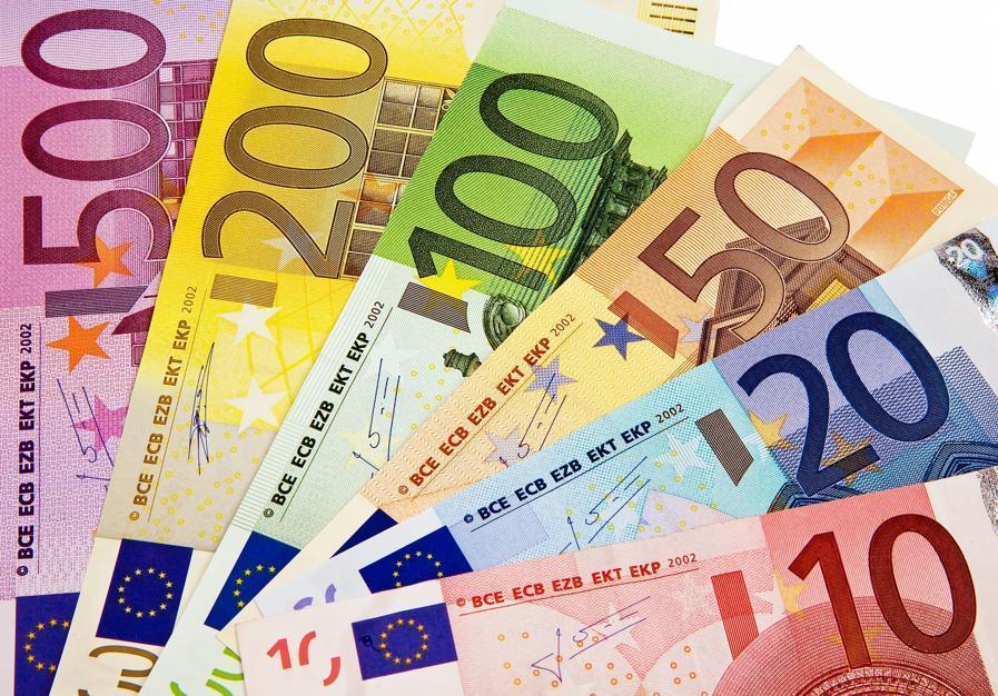 Questa immagine ha l'attributo alt vuoto; il nome del file è soldi-soldi.jpg
