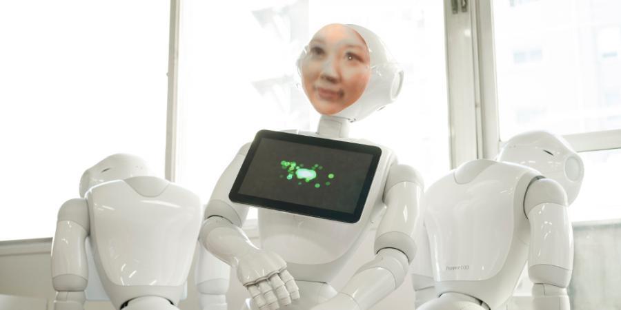 Risultati immagini per robot sciamano