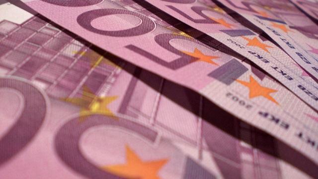 Questa immagine ha l'attributo alt vuoto; il nome del file è soldi.jpg