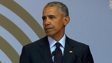 Questa immagine ha l'attributo alt vuoto; il nome del file è 180717100024-obama-south-africa-large-169.jpg