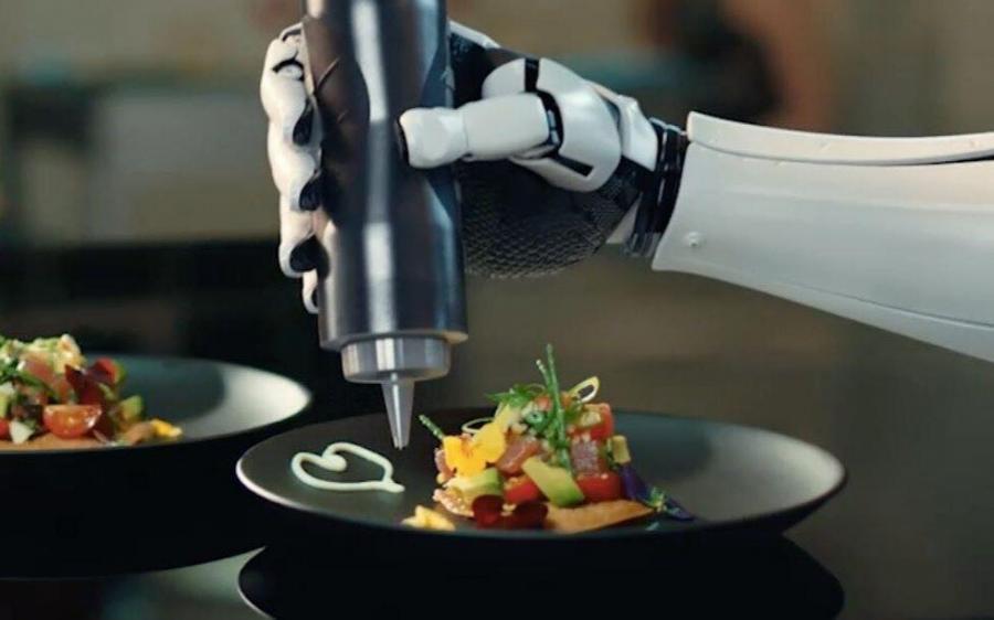 Questa immagine ha l'attributo alt vuoto; il nome del file è MK1-chef-robot.jpg