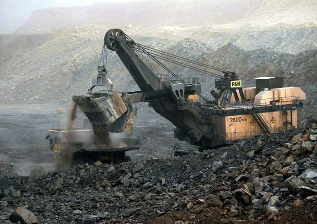 Questa immagine ha l'attributo alt vuoto; il nome del file è miniera-di-carbone.jpg