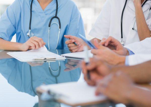 Questa immagine ha l'attributo alt vuoto; il nome del file è sanità-infermieri.jpg