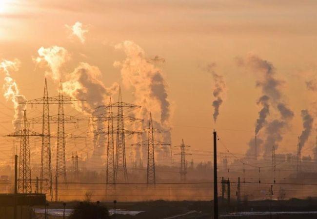 Questa immagine ha l'attributo alt vuoto; il nome del file è Inquinamento-atmosferico.jpg
