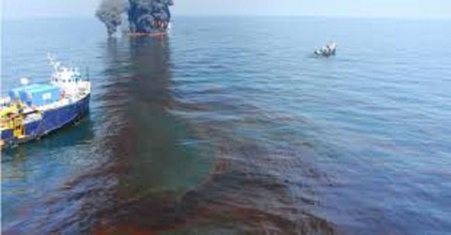 Questa immagine ha l'attributo alt vuoto; il nome del file è deepwater-horizon.jpg