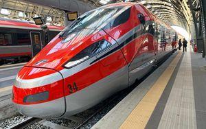 Questa immagine ha l'attributo alt vuoto; il nome del file è linea-ferroviaria.jpg