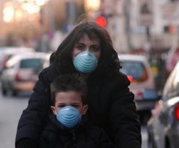 Questa immagine ha l'attributo alt vuoto; il nome del file è smog-1.jpg