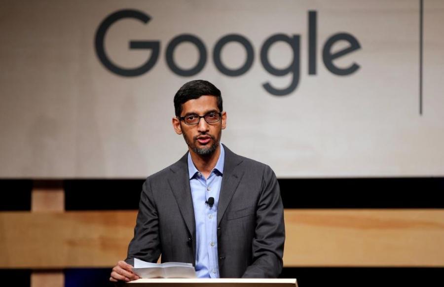 Questa immagine ha l'attributo alt vuoto; il nome del file è Sundar-Pichai-google.jpg