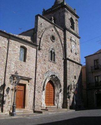 Questa immagine ha l'attributo alt vuoto; il nome del file è santa_maria_maggiore-scaled.jpg