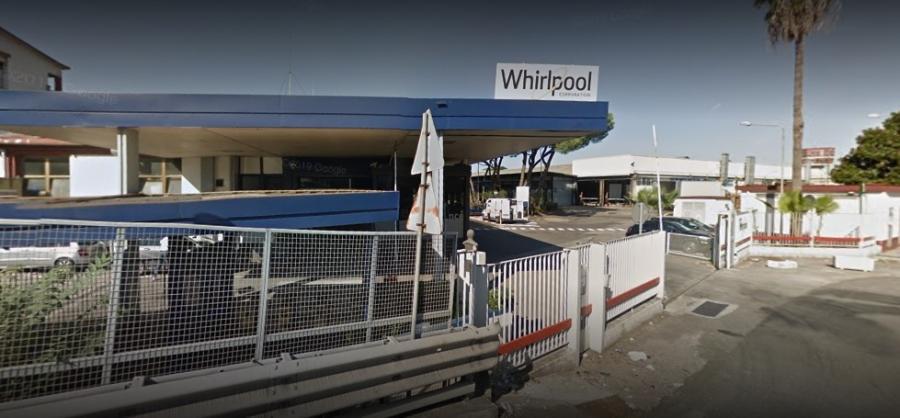 Questa immagine ha l'attributo alt vuoto; il nome del file è Whirlpool-napoli7.jpg