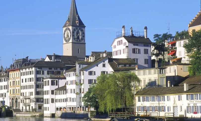 Questa immagine ha l'attributo alt vuoto; il nome del file è svizzera.jpg