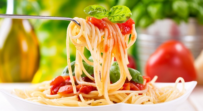 Questa immagine ha l'attributo alt vuoto; il nome del file è Spaghetti-di-pasta.jpg
