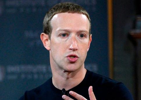 Questa immagine ha l'attributo alt vuoto; il nome del file è Mark-Zuckerberg.jpg